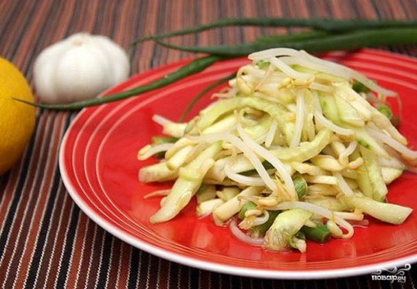 Салат из ростков фасоли