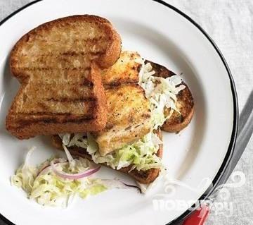 Сэндвичи с рыбой и пекинской капустой