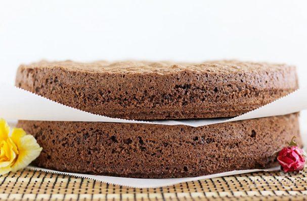 Шоколадный бисквит простой