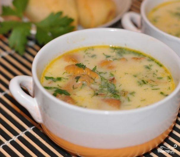 Суп с лисичками со сливками