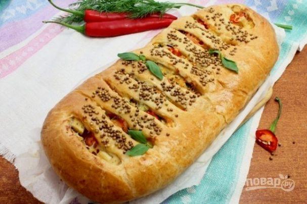 Пирог с адыгейским сыром из слоеного теста