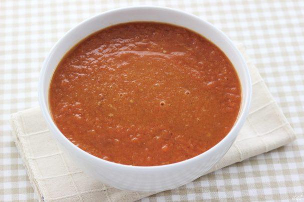 Горячий томатный суп