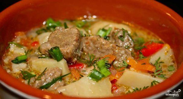 говядина с овощами и картошкой в горшочках в духовке рецепт с фото