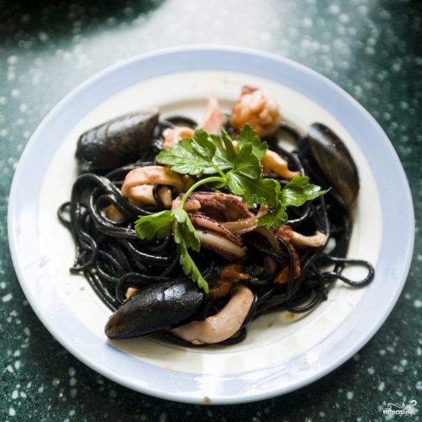 Вкусное блюдо из кальмаров и сметаны