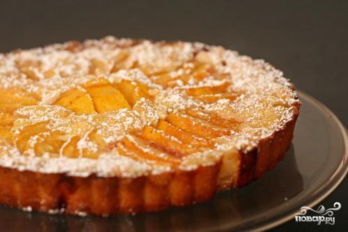 Персиковый тарт с посыпкой