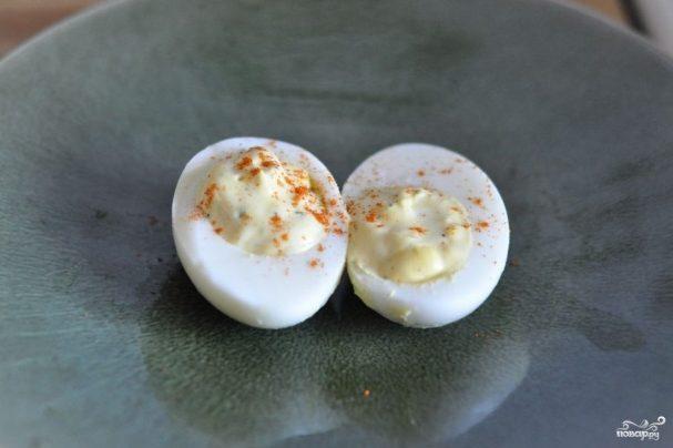 Яйца куриные фаршированные