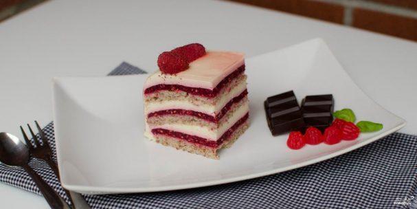 рецепты тортов с малиновым желе и профитролями с фото