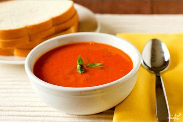 Томатный суп пюре с базиликом