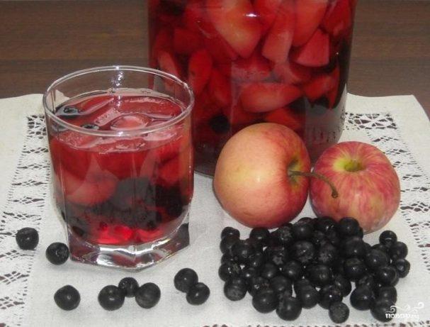 Компот из черноплодки с яблоками на зиму