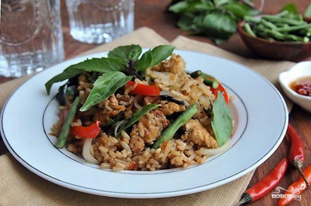 Рис по-тайски с овощами