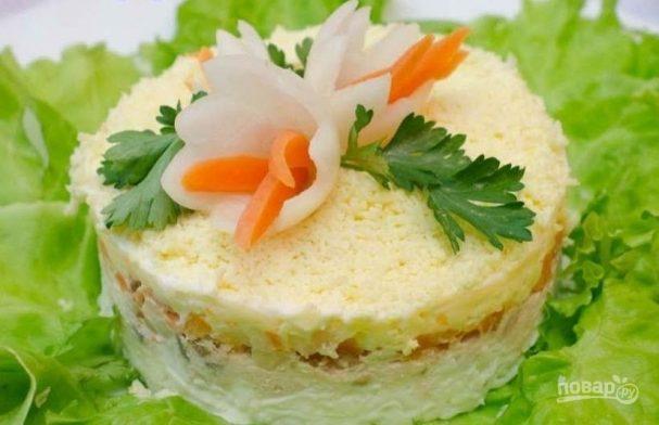 Салат с форелью слабосоленой