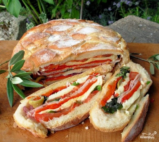 Бутерброды на пикник на природе