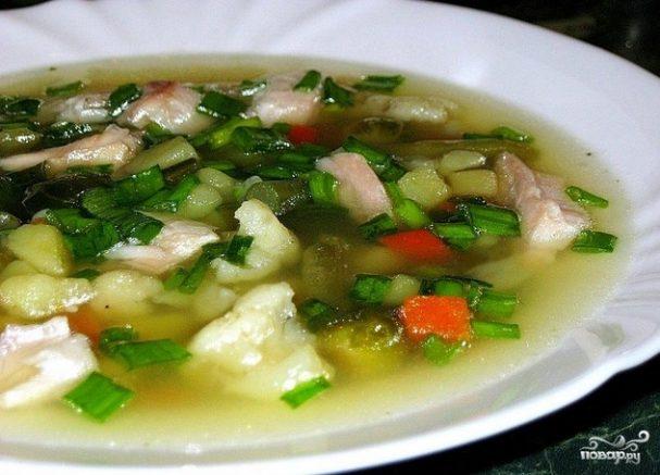 Суп с цветной капустой и горошком
