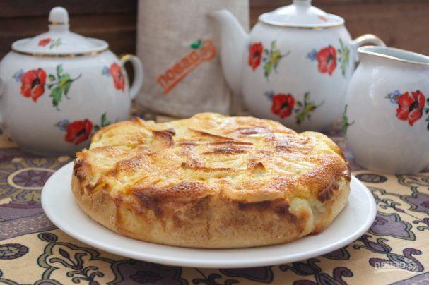 Яблочный пирог с вкуснейшей заливкой