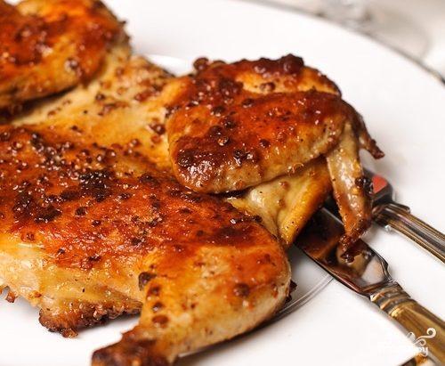 Цыпленок на сковороде