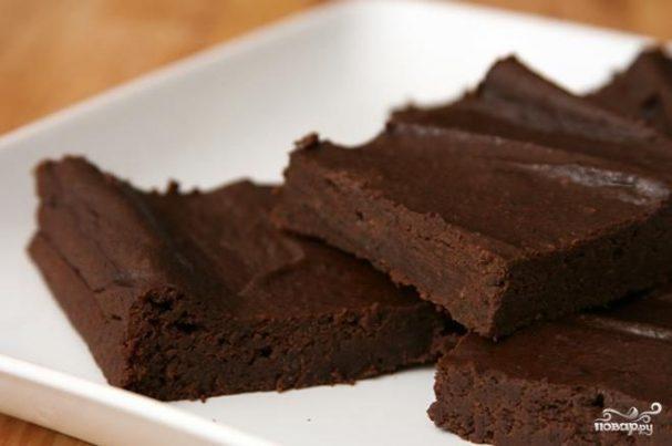 Шоколадные пирожные с фасолью и авокадо