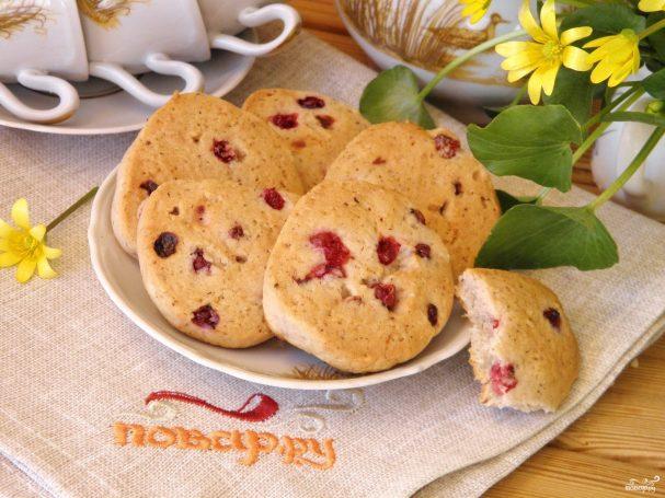 Печенье со смородиной