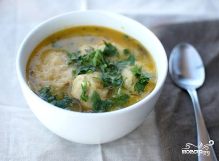 Суп с кнедликами