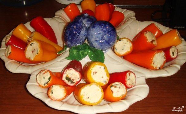 Перец с чесночной начинкой