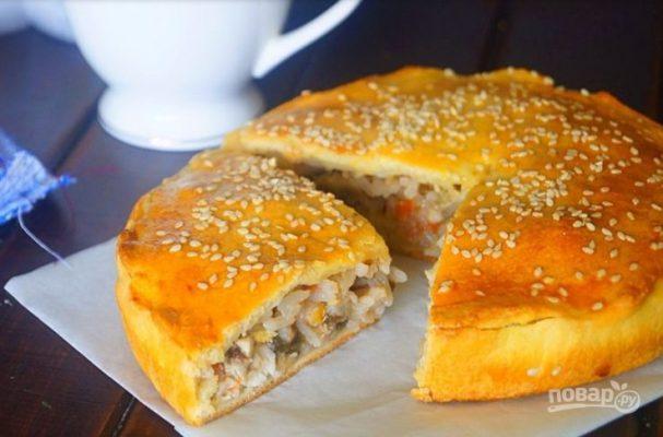 Мини-пироги с курицей, рисом и баклажанами