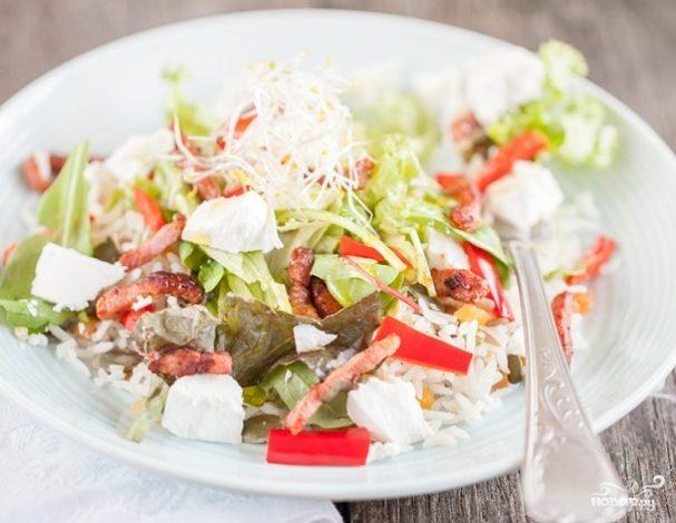 Салат с сыром и рисом