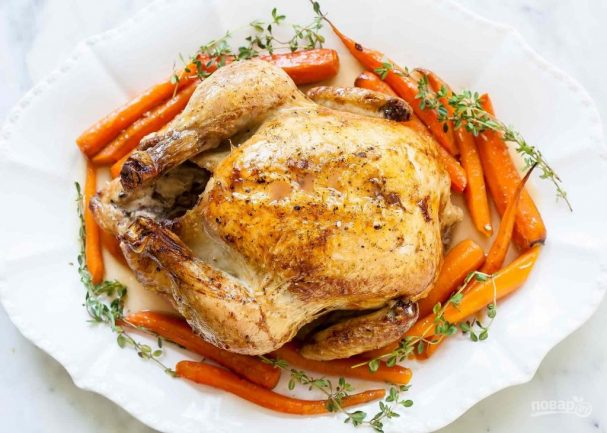 Запеченная курица с морковью