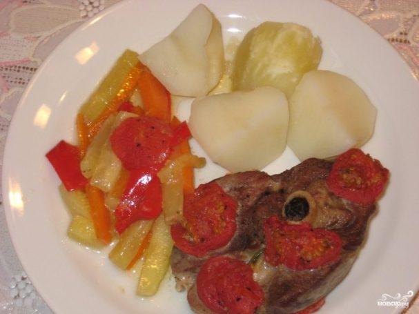 Баранина с овощами в рукаве