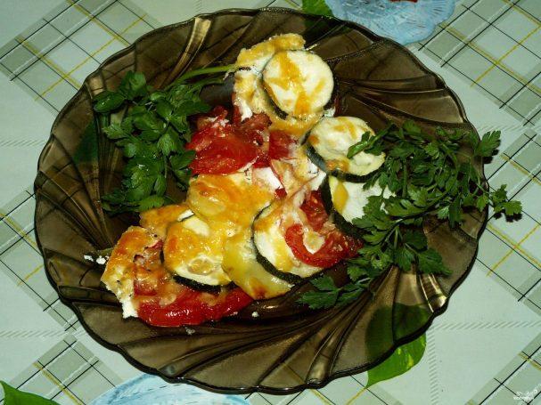 Кабачки с картошкой и помидорами