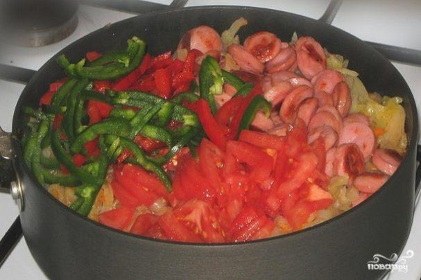 Тушеные овощи с сосиской