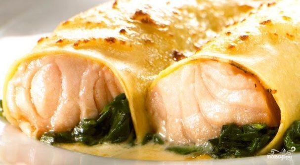Каннеллони с лососем