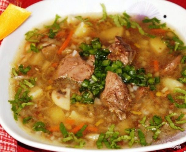 Простой суп на мясном бульоне