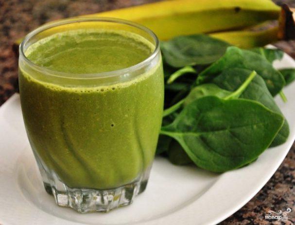 Зеленый коктейль с цукини