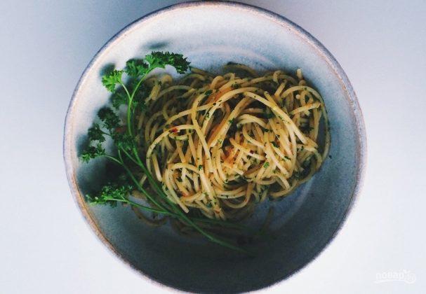 Спагетти с петрушкой