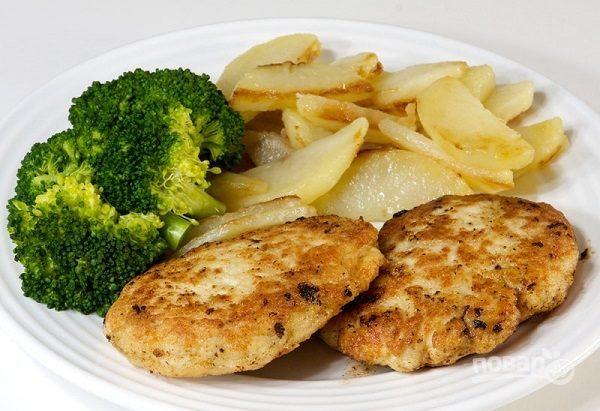 Куриные котлеты с картофелем