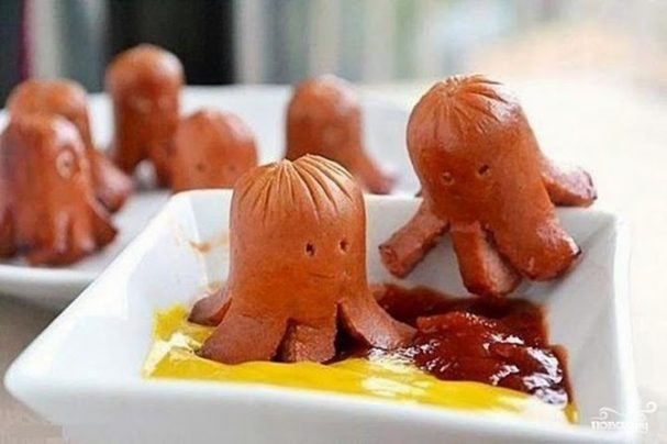 Осьминоги из сосисок