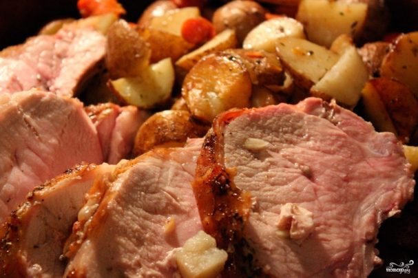 Картофель со свининой
