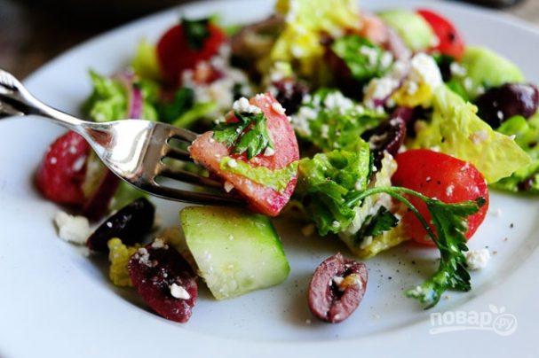 """Простой салат """"Греческий"""""""