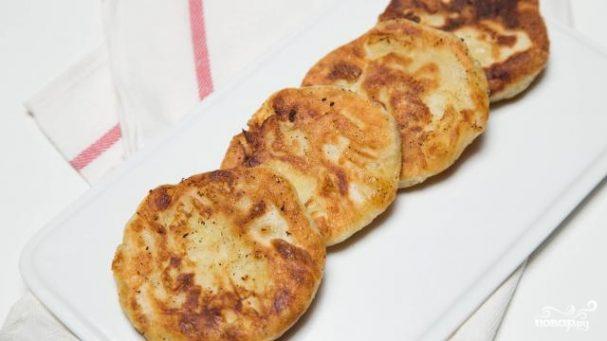 Бездрожжевые жареные пирожки с картошкой
