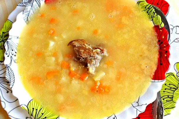 Суп гороховый с ребрами