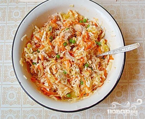 Салат с курицей и дайконом