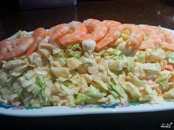 рецепт креветок с салатом айсберг