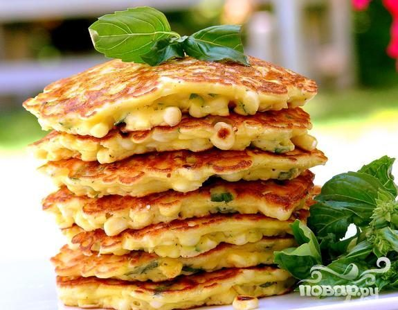 Кукурузный пирог с базиликом