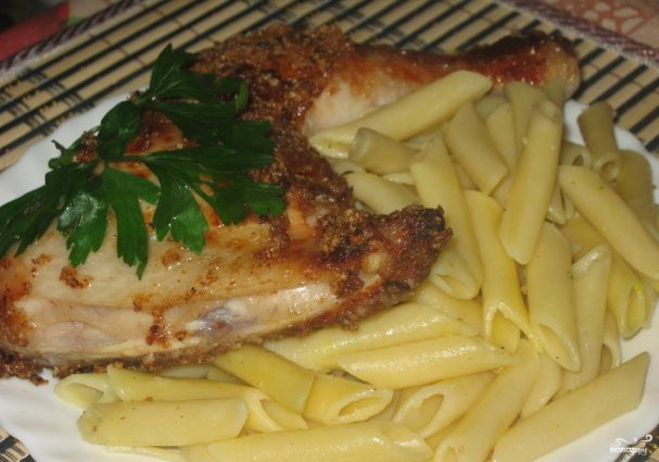 Курица на сковороде с майонезом