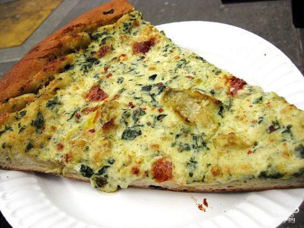 Пицца с чесноком и артишоками
