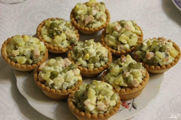 Оливье в тарталетках