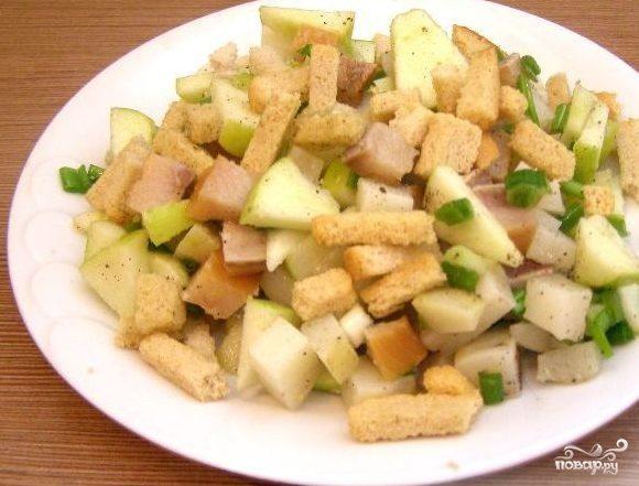 Салат из копченой селедки