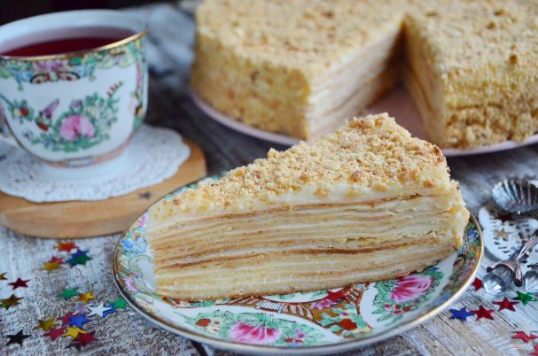 Торт «Наполеон» из готового слоёного теста рецепт с фото