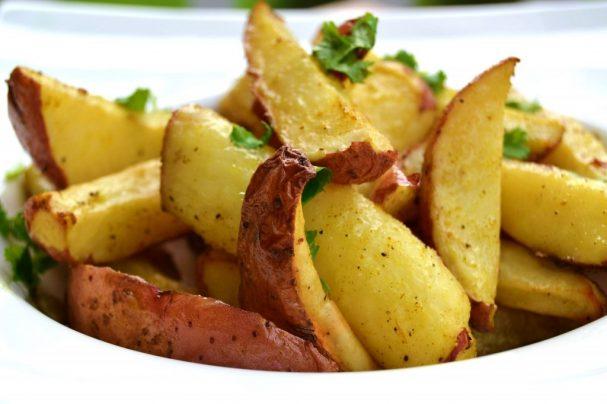 Картофель с карри в духовке