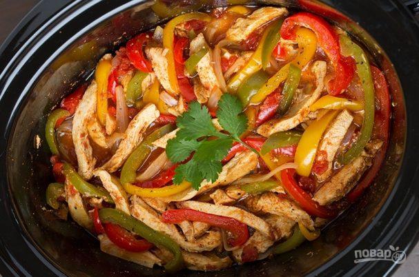 Тушеная курица с овощами в мультиварке