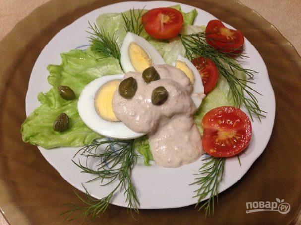 """Яйца под соусом """"Тоннато"""""""
